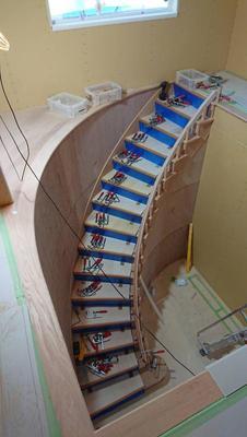 サーキュラー(円形・扇形)階段♬